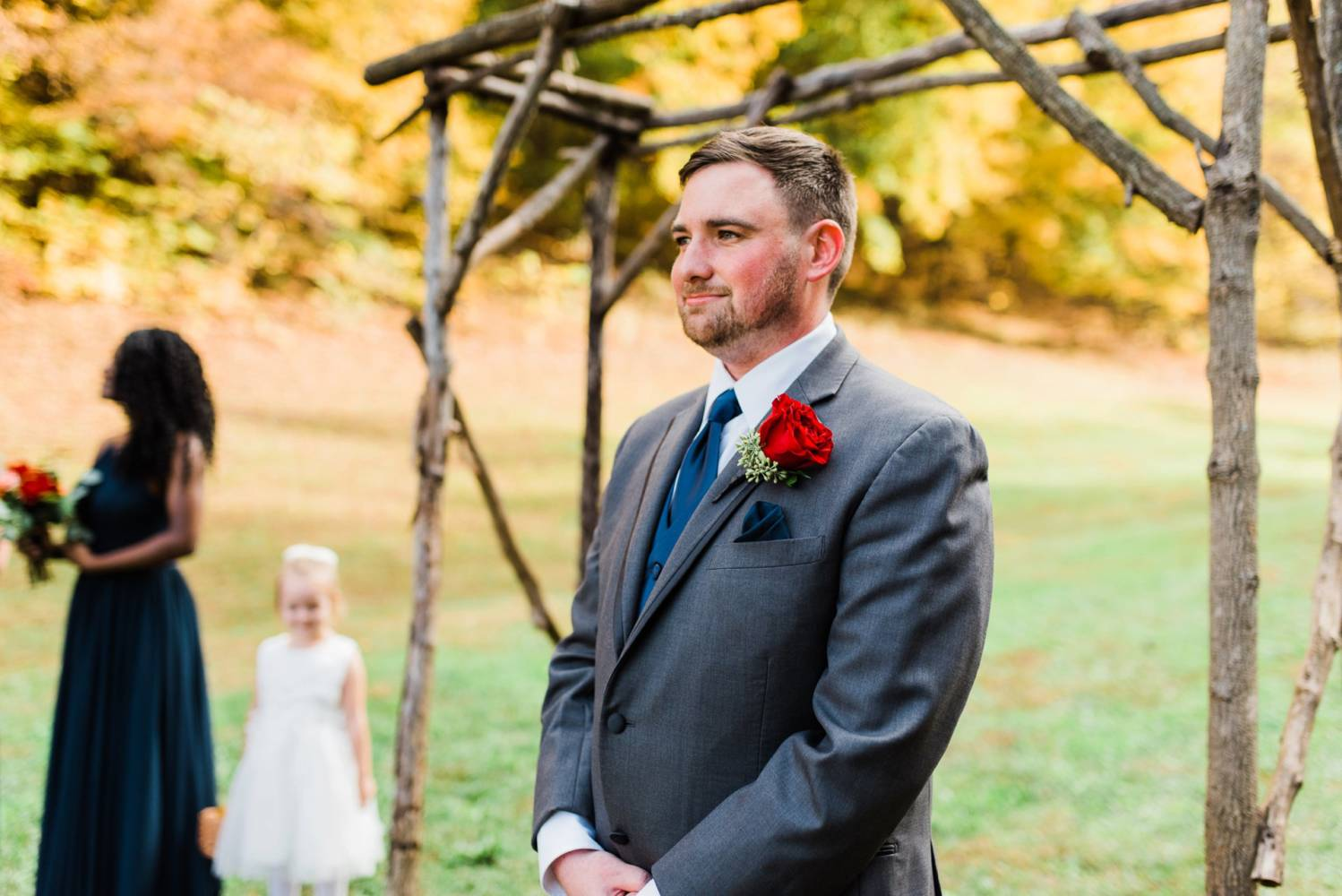 Autumn wedding groom