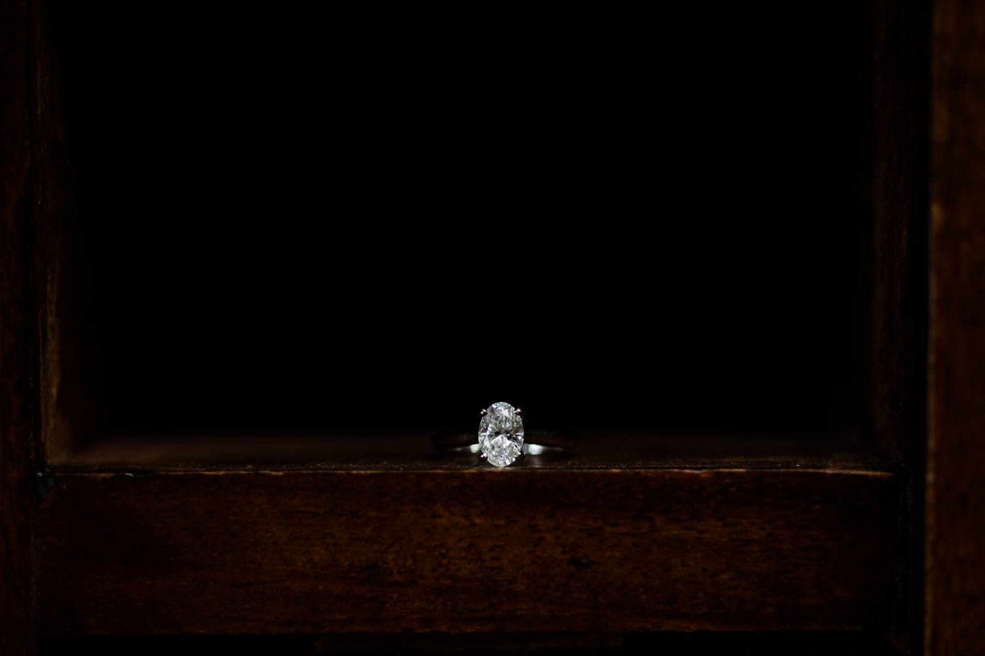 Detail diamond ring shot
